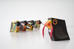 Embalagens de cadarços super divertidas!  O produto é parte integrante do conceito da embalagem, o que agrega ainda mais valor a marca e atrai mais consumidores.  Designed by Gürtlerbachmann GmbH