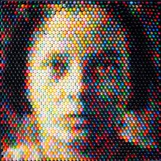 Crayon Sculptures/Portraits by Christian Faur is amazing.