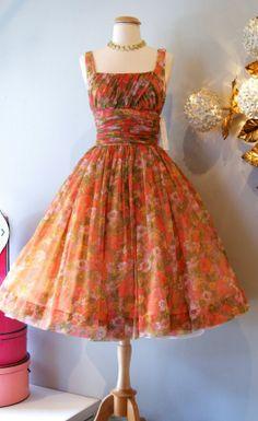 Beautiful 1950's vintage dress