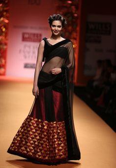 Manish Malhotra. Wills Lifestyle India fashion Week, 2013. understated prettiness