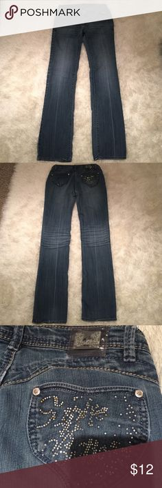 "Apple Bottom 🍎 jeans sz 7/8 Very pretty denim, great wash & color, super comfy. Ends look really good. Lost a lot of bling on butt- still too nice not to pass on! See tag for material. Inseam is 32 inches. No rips or stains. Snag a great deal! Does not come with ""boots with tha furrrr.""  Bundling is fun; check out my other items! No price talk in comments. No trades or holds. Apple Bottoms Jeans Straight Leg"