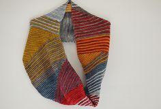 striped cowl from leftover yarn. simple sprinkle. by veera välimäki  @Nativida Osland  !!