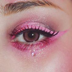 """markuma: """" Close up my pink sad girl look """""""