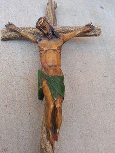 Jesus Wooden Hand Carved Crucifix Folk Art Wood Carving Corpus Primitive Rustic Santos Religious Figure Wall Hanging Statue Sculpture