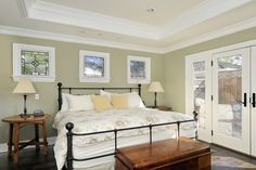 Bedroom Photos Small Square Windows Design, Pictures, Remodel, Decor and Ideas Window Above Bed, Window Bed, Bedroom Expressions, Ux Design, Interior Design, Design Ideas, Glass Design, Room Interior, Wall Design
