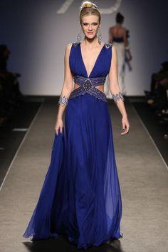 Renato Balestra – 19 photos - the complete collection Pretty Dresses, Blue Dresses, Formal Dresses, Blue Fashion, Fashion Week, Net Fashion, Mode Glamour, Fantasy Gowns, Dress Vestidos