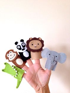 In the jungle, felt finger puppets!