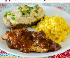 Applesauce BBQ Chicken | realmomkitchen.com
