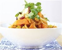 Weigh-Less Online - Moroccan Chicken Moroccan Chicken, Healthy Options, Thai Red Curry, Poultry, Diet, Ethnic Recipes, Food, Backyard Chickens, Essen