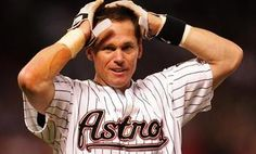 Craig Biggio, one of the greatest astros players ever.