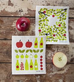 Tea Eronen has designed Apples to Kuitukuu oy discloth collection 2014