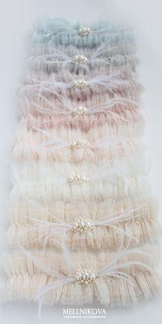 Tulle wedding garter with pearl and feathers more color by MELLNIKOVA garter Tulle wedding garter with pearl and feathers more color by MELLNIKOVA garter Katarina Vargova tekvicka Garters Tulle wedding garter with nbsp hellip Bride Garter, Lace Garter, White Wedding Garter, Tulle Wedding, Wedding Veils, Wedding Hair Accessories, Bridal Headpieces, Feathers, Turquoise Weddings