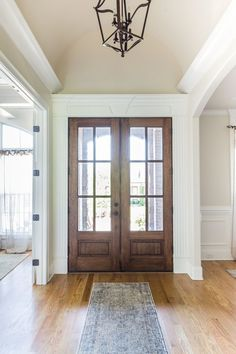 Modern Farmhouse Entryway Ideas – Pickled Barrel Modern Farmhouse Entryway with Wood and Glass French Doors Surrounded by Decorative Trim Work Old French Doors, Glass French Doors, French Doors Patio, Farmhouse Trim, Farmhouse Style Kitchen, Rustic Farmhouse, Farmhouse Ideas, Rustic Entryway, Entryway Decor