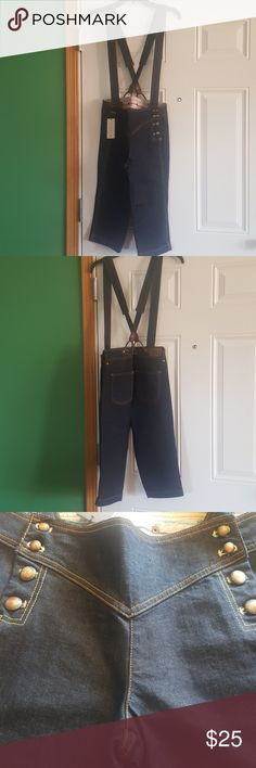 Dark indigo Denim suspender crop/culotte. - NWT Armani Exchange dark wash suspender pants. Front button closure (4 on each side).  Note: tag says 6 and stretch denim; however, there is no stretch to this pants and run small. Armani Exchange Jeans