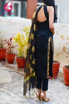 Shop Black Cotton Silk Golden Brocade Padded Kurti with Black Cotton Silk Pants and Black Chanderi Dupatta Kurti Set - Kurti Sets Online in India Silk Kurti Designs, Fancy Blouse Designs, Kurta Designs Women, Kurti Designs Party Wear, Designs For Dresses, Saree Blouse Designs, Designer Party Wear Dresses, Dress Indian Style, Indian Outfits