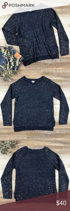 Navy Sequins Cremieux Sweater Beautiful navy blue with gold sequins Cremieux sweater! In great condition. 59% polyester, 41% acrylic. Size L. D-17 Cremieux Sweaters