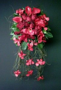 Red cascading bouquet