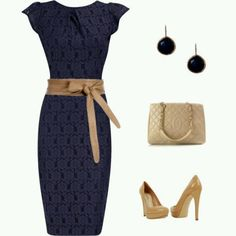 PERFECT PERFECT DRESS. The belt accents it perfectly. Love the top too. Great, subtle pattern.