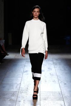 Victoria Beckham Spring 2015 Ready-to-Wear Collection  - ELLE.com