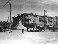 Plaza Italia en Octubre de 1925. Cerro Santa Lucia, San Diego, Cities, Past, Louvre, Street View, History, Building, Vintage