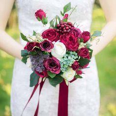 Bukiety Ślubne romantyczne Bordowy Rose Berry Handmade Ramo Novia Druhna Bukiet Sztuczny Kwiat Bukiet Ślubny