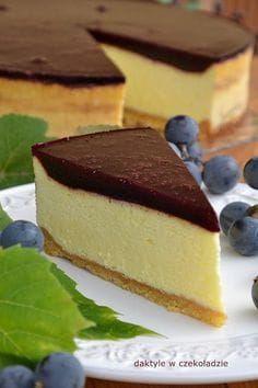 Najdelikatniejszy, wprost piankowy sernik! Pięknie się kroi. Sweet Recipes, Cake Recipes, Dessert Recipes, Sandwich Cake, Polish Recipes, Chocolate Cheesecake, How Sweet Eats, Just Desserts, Food To Make