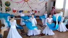 """Танец с веерами-вейлами """"Весеннее половодье"""" Christmas Dance, Blog Backgrounds, Kids And Parenting, Music Videos, Musicals, Kindergarten, Preschool, Ballet, Songs"""