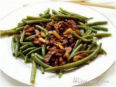 Wieprzowina z fasolką szparagową i ananasem - Wiem co jem Green Beans, Vegetables, Recipes, Food, Pineapple, Vegetable Recipes, Eten, Veggie Food, Recipies