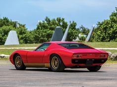 1972 Lamborghini Miura P400 SV | V12, 3,929 cm³ | 385 bhp | Design: Marcello Gandini, Bertone