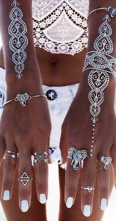 Boho jewelry style