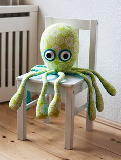 The Needle - Collaborative Plush Art Blog & Plush Artist Resources: Octopus toy sewing pattern