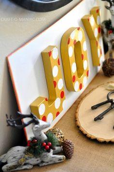 DIY Joy Christmas Sign. #christmasdecor #christmascrafts