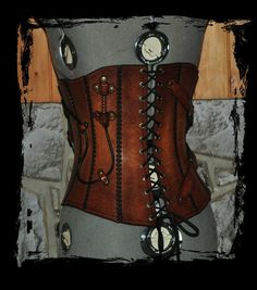 steampunk leather corset back view by Lagueuse