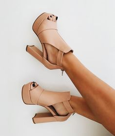 Follow my Pinterest || @margaux_brock Vintage Shoes, Sexy Heels, Stiletto Heels, Summer Shoes, Blush, Booty, Booties Outfit, Strappy Sandals, Wedge Sandals