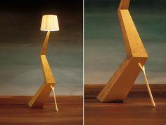 Lampada da terra BRACELLI - prodotta da Bd Barcelona , da un disegno di Salvador Dalì
