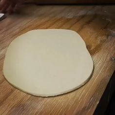How to make a slab saucer – Ceramic Hand Built Pottery, Slab Pottery, Ceramic Pottery, Thrown Pottery, Pottery Wheel, Pottery Vase, Ceramic Techniques, Pottery Techniques, Ceramic Clay