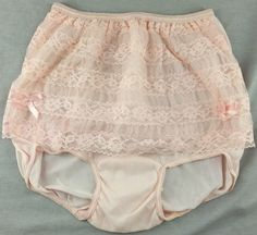 Vintage double front sheer nylon tricot and lace, double nylon gusset high waisted brief. Beautiful!