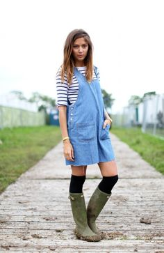 Love the wellies and the socks and the overalls/romper look.