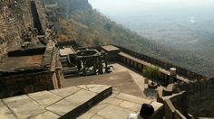 https://t.co/9fOm5tnwmh Travels in Bundelkhand  My visit to the Neelkanth Temple #UttarPradesh #kalinjar #HeritageTrails