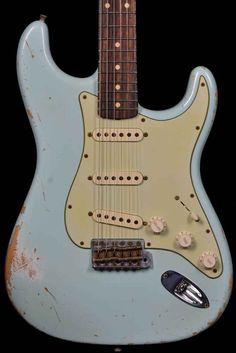 "Fender 1962 ""Rosie V"" Heavy Relic Stratocaster Sonic Blue"