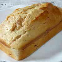 苺ジャムたっぷりパウンドケーキ