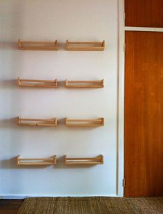 GENIUS: turn a $2 spice rack into book shelves | Mamamia