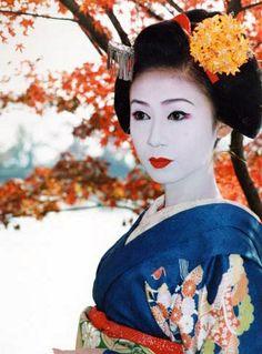 Harumi from Miyagawacho Japan Japanese Geisha, Japanese Beauty, Japanese Kimono, Japanese Art, Japanese Style, Kabuki Costume, Japanese Lifestyle, Geisha Art, Memoirs Of A Geisha