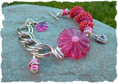 Sweet Dahlia - Floral Artisan Lampwork Bead Bracelet!! Now on our website: http://www.javabead.com/