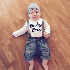 Baby Bro bodysuit, baby brother, little brother, baby boy clothes, baby boy fashion, cute baby boy top, cute baby gift, baby shower gift by Twelve20Designs