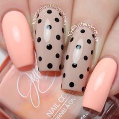 Peach and nude dotticure #nails #nailart #manicure #lusterlacquer