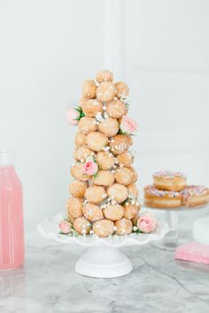 Create an easy but impressive donut hole tower with my tried and true tips! Create an easy but impressive donut hole tower with my tried and true tips! Bridal Shower Desserts, Wedding Desserts, Bridal Shower Decorations, Wedding Cakes, Diy Party Desserts, Engagement Party Desserts, Engagement Brunch, Diy Wedding Food, Wedding Donuts