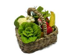 Dollhouse Miniatures Food Picnic Basket Barbie Assorted Fruit Vegetable Wicker-2 #fullrich