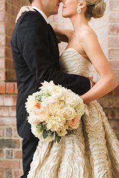 Photography: Ashley Caroline Photography - www.ashley-caroline.com Bridesmaids' Dresses: JCrew - www.jcrew.com/index.jsp Floral Design: Late Bloomer Flowers - latebloomerflowers.net/ Read More on SMP: http://www.stylemepretty.com/2015/06/22/traditionally-elegant-hamptons-wedding/