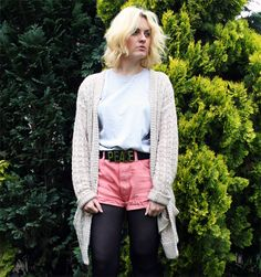 Claire looks great wearing her vintage Levis at http://www.sittingprettyatmydesk.com  Get yours now at http://www.bragvintage.co.uk  #bragvintage #denimshorts #cutoffs #levis